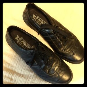 Mephisto Run Off Air-jet Leather Shoes